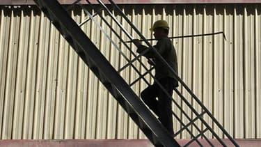 Comme promis par François Hollande pendant sa campagne, Bercy prévoit à son tour une inversion de la courbe du chômage au dernier trimestre 2013.
