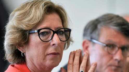 Geneviève Fioraso a annoncé la prochaine création d'un nouveau statut pour les jeunes diplômés désireux de créer leur entreprise.