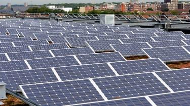 L'organisme agréé par l'État pour collecter les panneaux photovoltaïques usagés a confié à Veolia le soin de les recycler. (image d'illustration)