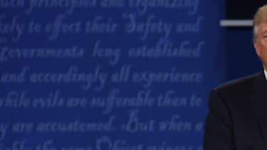Donald Trump et Hillary Clinton, lors du 2e débat présidentiel, le 9 octobre.