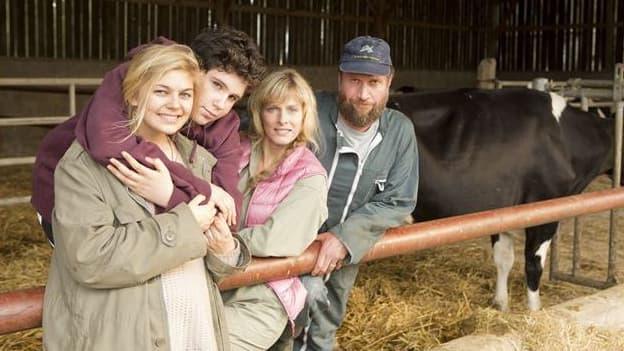 """""""La Famille Bélier"""", réalisé par Eric Lartigau, avec Louane Emera, Karin Viard, François Damiens et Luca Gelberg."""