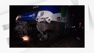 Une voiture a été heurtée par un train au passage à niveau de Roissy-en-Brie.