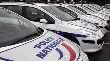 Des véhicules de la police nationale - Image d'illustration