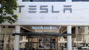 Tesla négocie actuellement le rachat de SolarCity