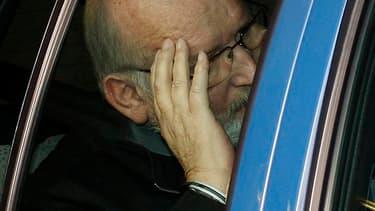 Une demande de remise en liberté de Jean-Claude Mas, le fondateur de la société Poly Implant Prothèse (ici à sa sortie du tribunal), poursuivi dans un scandale d'implants mammaires non conformes, a été rejetée mercredi par la cour d'appel d'Aix-en Provenc