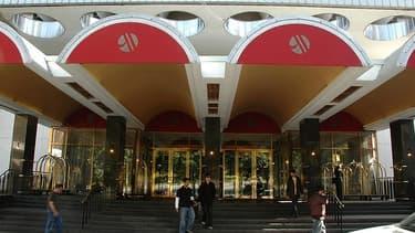 La chaîne d'hôtels Marriott et Ikea vont lancer Moxy Hotels, des hôtels à moindre coût.