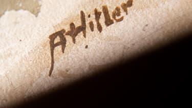 Signature d'Adolf Hitler.