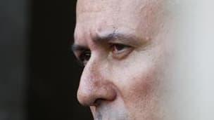 """Georges Tron, visé par des plaintes pour abus sexuel, déclare dans un entretien au Parisien que la question de sa démission du gouvernement se pose, tout en niant les accusations """"fantaisistes"""" de ses deux accusatrices. """"Je ne veux pas devenir gênant"""", di"""