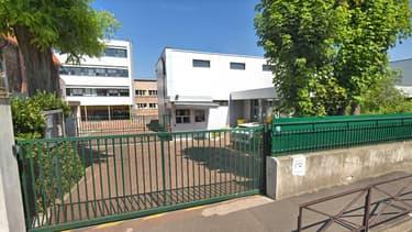 Le collège De Maillé à Créteil - Image d'illustration