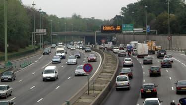 Les véhicules les plus polluants doivent être progressivement interdits dans la Métropole du Grand Paris.