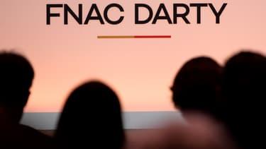 Le rapprochement entre Fnac et Darty se traduit désormais concrètement dans les magasins des deux marques.