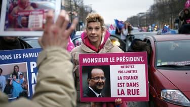 Frigide Barjot, en février, lors d'un happening des opposants au mariage homosexuel, à Paris