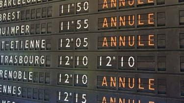 EasyJet et Lufthansa tentent de limiter l'impact de la grève en appelant à la rescousse des salariés d'autres villes d'Europe.