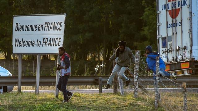 Une enquête judiciaire ouverte après des agressions de migrants dans le Calaisis