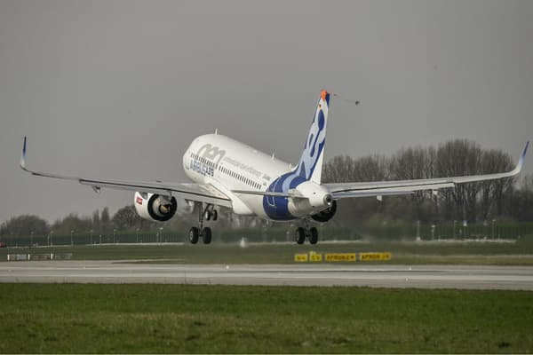 L'Airbus A319neo, nouveau petit porteur de la flotte Airbus pourrait devenir le nouvel appareil présidentiel.