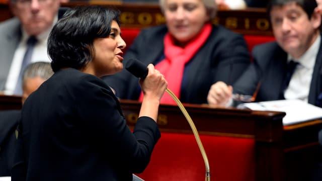 Myriam El-Khomri envisagerait de taxer les CDD.