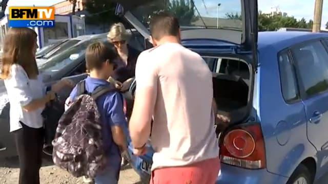 La famille Carmier laisse sa voiture gratuitement à l'aéroport
