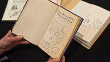 Les premières éditions de certains tomes de Harry Potter valent désormais des fortunes.