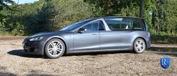 Cette Model S atteint désormais les 5,77 mètres de long.