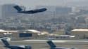 L'aéroport de Kaboul a été visé par des tirs de roquettes ce lundi.