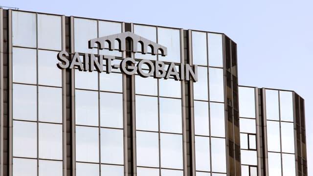 Saint-Gobain espère que cette opération lui permettra de générer jusqu'à 180 millions d'euros par an.