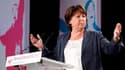 """En clôture de l'université d'été du PS à La Rochelle, la première secrétaire Martine Aubry a appelé dimanche à soutenir le """"changement"""", affirmant que la gauche depuis son retour au pouvoir n'avait """"pas détricoté, mais raccommodé"""" un pays """"amoindri"""", selo"""