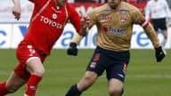 Sifflé par son public contre Toulouse, Steve Savidan est soutenu par son entraîneur, Franck Dumas.