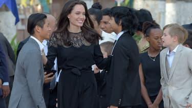 Angelina Jolie et ses enfants au Cambodge, le 17 février 2017