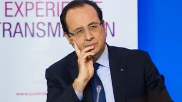 François Hollande s'est félicité de la baisse du chômage au mois d'octobre.