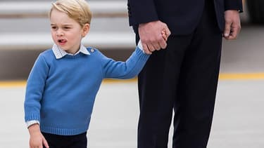 Le prince George au côté de son père le prince William