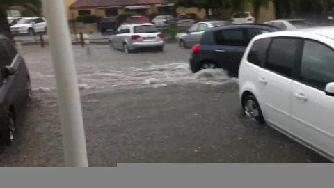 Grosse inondation dans le Gard  - Témoins BFMTV