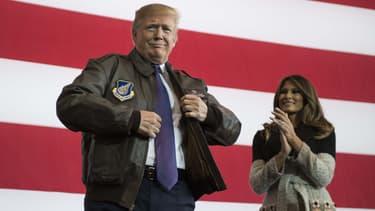 Donald Trump sur une base militaire américaine à Tokyo, en novembre 2017.