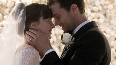 """Dakota Johnson et Jamie Dornan dans """"50 nuances plus claires""""."""
