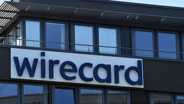 La descente aux enfers se poursuit pour Wirecard, le spécialiste des paiements en ligne, au lendemain de l'annonce de son dépôt de bilan : son action cotait 1,28 euros à la Bourse de Francfort ce vendredi 26 juin.