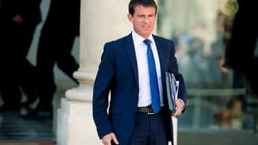 Manuel Valls le 3 septembre à la sortie de l'Elysée.