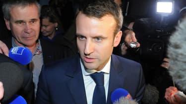 Emmanuel Macron s'est rendu à Lampaul-Guimiliau.