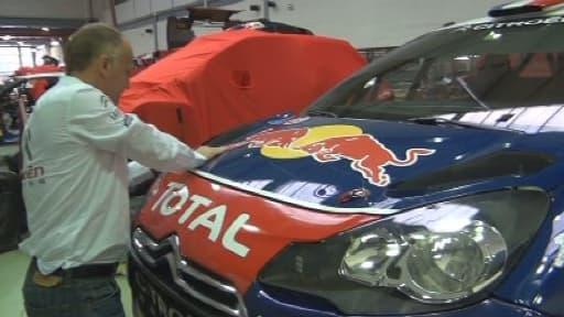 Dans l'usine Citroën du racing, à Versailles.