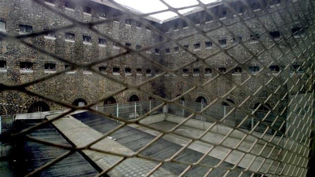 Début avril, 132 des 249 établissements ou quartiers pénitentiaires accueillaient plus de détenus qu'ils n'avaient de places.