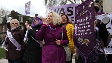 Une manifestation en Angleterre contre les inégalités au niveau des pensions de retraites entre hommes et femmes.