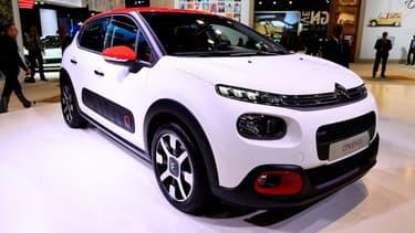 Dans le cadre du lancement de Nouvelle C3, Citroën a développé un configurateur de véhicules en ligne sur Facebook, utilisant un format numérique 100% mobile, fourni par le réseau social.