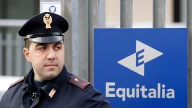 Equitalia, le gendarme de la fraude fiscale italien, est ces derniers temps la cible d'attaques de la population