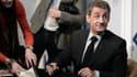 Nicolas Sarkozy enchaîne les séances de dédicaces de son livre.