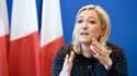 Le parti dirigé par Marine Le Pen peine à se financer auprès des banques françaises.