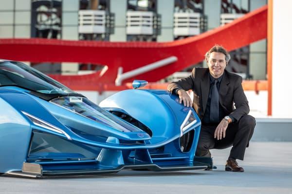 Laurent Tapie est un passionné de voitures de sport, passionné de Formule 1.