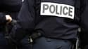 Le policier a eu la main transpercée par le pic anti-escalade d'un portillon (photo d'illustration).
