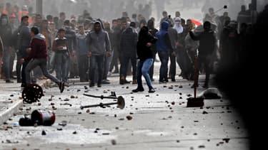 Des Palestiniens affrontent des forces israéliennes, le 7 décembre, à Béthléem.