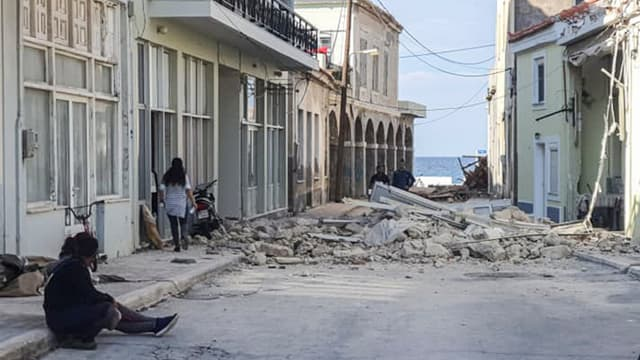 Des dégâts sur l'île grecque de Samos, après le séisme en mer Égée vendredi 30 octobre 2020
