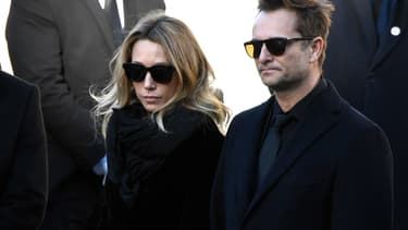 Laura Smet et David Hallyday à l'enterrement de leur père