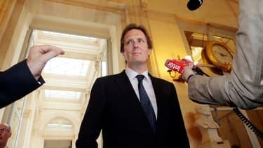 Jérôme Chartier, proche de François Fillon, a estimé à 80 milliards d'euros les hausses d'impôts depuis 2012.