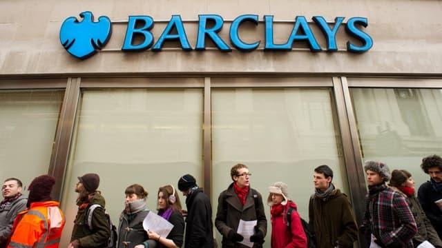 Barclays va supprimer 7.000 postes en trois ans dans sa branche investissement.